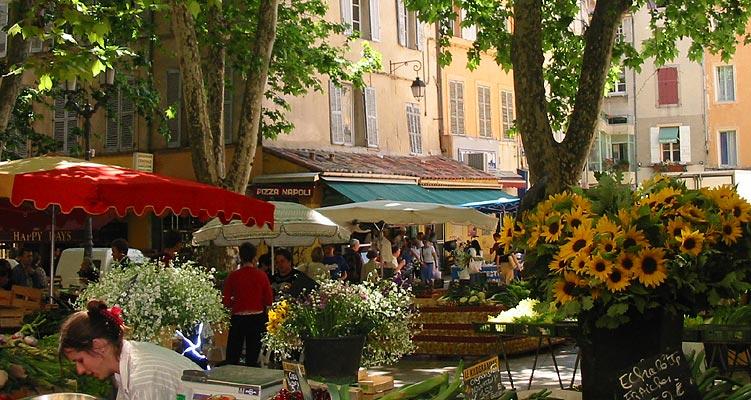 Tourisme aix en provence visites culture loisirs h bergements cartes sainte victoire - Chambres d hotes aix en provence centre ville ...